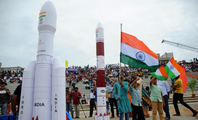 Visitors at Space Launch Gallery to view GSLV Mark III, the rocket that is being used for the Chandrayaan-2 mission at Satish Dhawan Space Centre (SDSC) SHAR, Sriharikota, on Monday. (DH Photo/ Pushkar V)