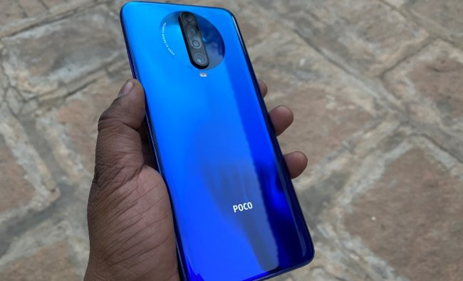 Poco X2 flaunts 64MP (with Sony IMX686 sensor)+8MP ultra-wide-angle lens +2MP depth sensor+ 2MP for macro on the back with LED flash. On the front, it features dual snappers— 20MP+2MP sensors with f/2.2 aperture.