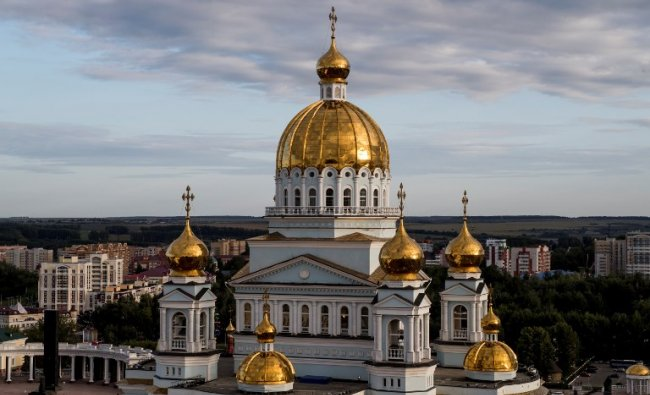 A photo taken on April 25, 2017 shows the Cathedral of St Theodore Ushakov in Saransk. Saransk will host several games of the FIFA World Cup 2018. AFP Photo