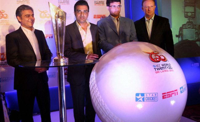 Sourav Ganguly and Sanjay Manjreker with ICC General Manager-Commercial, Campbell Jamieson and Aloke