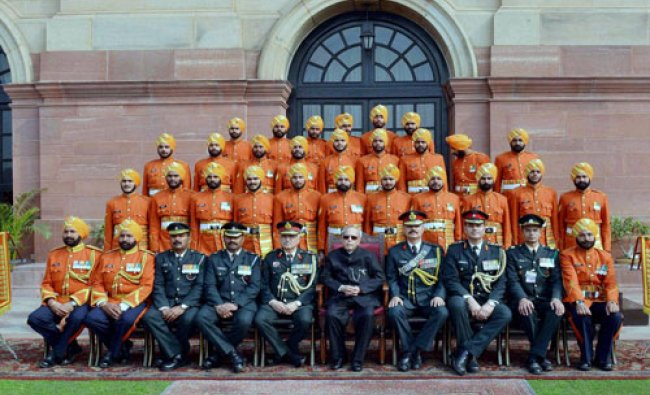 President Pranab Mukherjee meeting with the personnel of Tri Service Band Contingents & Provost ...