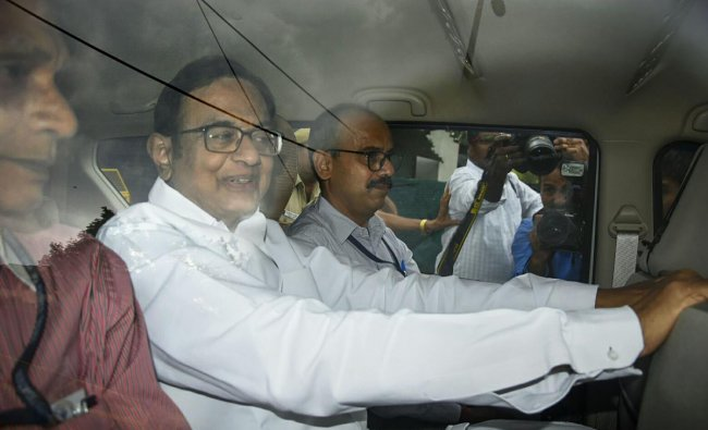 Congress leader and former finance minister P Chidambaram is being taken to court by the Central Bureau of Investigation (CBI) officials in the INX Media money laundering case, in New Delhi, Thursday, Aug 22, 2019. (PTI Photo)