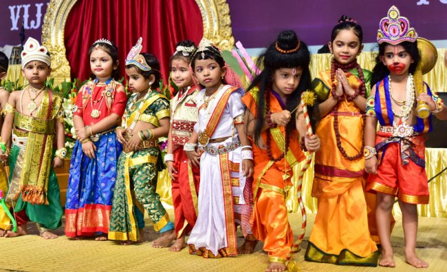 Children participating in Ramayana Costume Contest at Dasara Program organized by ISKCON at Basavanagudi National College grounds. (Photo by Irshad Mahammad)