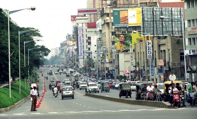 A view of MG Road in the year 2000