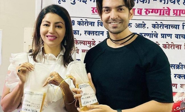 Television couple Gurmeet Choudhary and Debina Bonnerjee donated their plasma after recovering from Covid-19. Credit Instagram/@debinabon