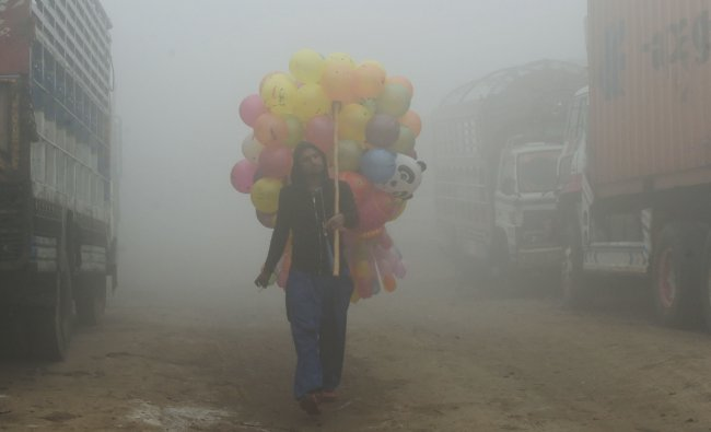 Pakistan is the second most polluted country in the world. The average PM2.5 concentration is 65.81 in this country. Credit: AFP Photo