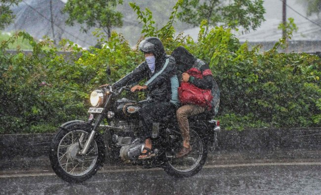 The IMD further warned of heavy rain that is very likely to occur at isolated places in Adilabad, Nirmal, Nizamabad, Jagityal, Rajanna Sircilla, Vikarabad, Sangareddy, Medak and Kamareddy districts of Telangana between 0830 hours of September 28 and 0830 hours of September 29. Credit: AFP Photo