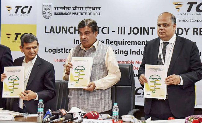 """Union Minister for Road Transport & Highways, Shipping, Nitin Gadkari launching the Joint study report on """"Insurance Requirements of the Indian Logistics & Warehousing Industry and their Customers"""" by the Transport Corporation of India Ltd. and Insurance Institute of India, in New Delhi on Tuesday. PTI Photo / PIB"""