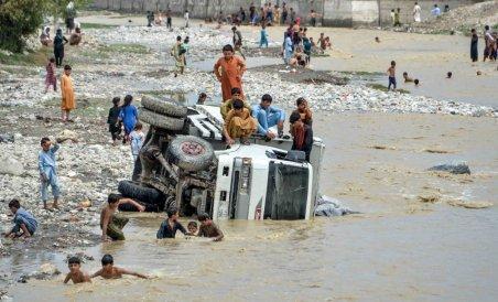 """""""ბოლო წლების უდიდესი წყალდიდობა, დაღუპულია 30-ზე მეტი ადამიანი"""" - უმძიმესი ტრაგედია, რომელიც ავღანეთში მოხდა"""