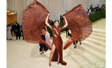Met Gala 2021 Red Carpet: Check out all the stylish celebrity looks - Deccan Herald