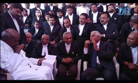 Raw Footage: Gowda meets protesting lawyers, says will speak to PM, Prez