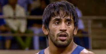 Bajrang gets closer to maiden gold at Worlds