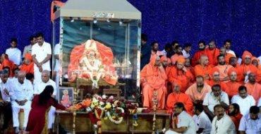 Devotees gather to pay tribute to Shivakumara Swami