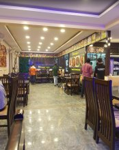 The restaurant in Horamavu is ideal for big groups.
