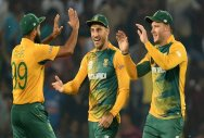 South Africa win toss, opt to bowl