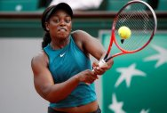 Stephens ready for juicy semi with friend Keys