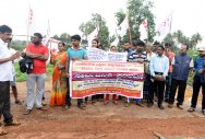 Protesters demand clearing of encroachment of rajakaluve