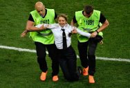 'Pussy Riot' detained after trespassing World Cup pitch