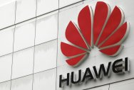 Huawei eyes smartphone summit after passing Apple