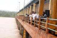 Mangaluru Mayor Bhasker, Commissioner B Muhammed Nazir and others visited the Thumbe dam.