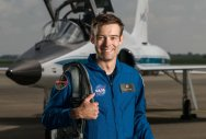 For first time in years, astronaut quits NASA training