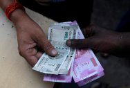 Traders ask FM to act on disease-causing currency notes