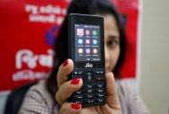 Jio's Rs 199 post plan likely to trigger tariff war: Experts