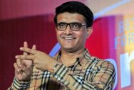 Can't replace Dhoni at the moment: Ganguly