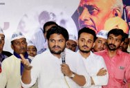 Hardik, former associates enter into verbal slugfest
