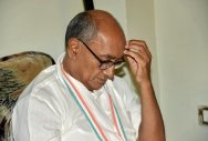 Digvijay says Cong votes get reduced if he campaigns
