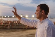 Rahul strikes a chord with voters in Raje's turf