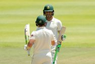 South Africa sail to nine-wkt win