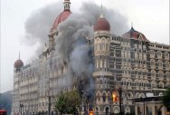 Pak court temporarily halts Mumbai attack case hearing