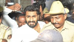 High Court grants bail to Nalapad, imposes riders