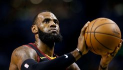 LeBron signs Lakers deal for four years