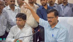 Govt in Ambani's pocket: Kejriwal on Jio institute row