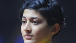 Govt presents Rs 33L award to Ashwini Ponnappa