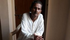 Man walks to freedom after 36 yrs in Pak jail