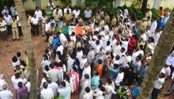 Cricketer Wadekar cremated with full state honours