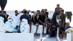 Italy threatens to pull EU funds over migrant crisis