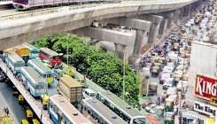 'Link elevated corridor with public transport'