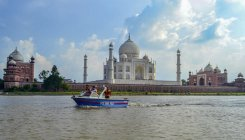 Conservationists seek heritage city status for Agra