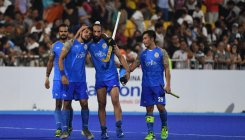 India edge out Pak to wear bronze