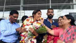 Poovamma accorded warm reception at airport