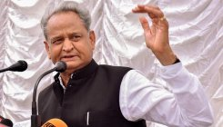 Raje's office is run by a bureaucrat, says Gehlot