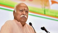 RSS chief lauds Cong role in India's freedom struggle