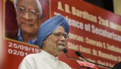 Manmohan warns against communalising armed forces