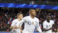 Mbappe cameo rescues France