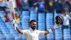 Kohli maintains top spot in Test rankings