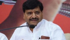 Akhilesh or Shivpal, who has Mulayam's backing?